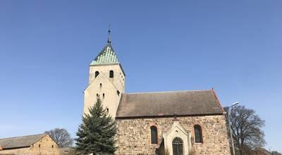 Mehr zu Dorfkirche Haßleben